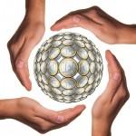 Uno de cada tres españoles colabora con alguna ONG con más de 100 euros anuales de media