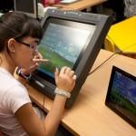 Los 7.500 alumnos ciegos que se incorporan a las aulas piden accesibilidad total