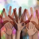 Un millar de voluntarios de 45 compañías participan en el Día Solidario de las Empresas, que se celebra en 10 ciudades