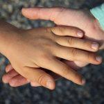 (Andalucía) – La calidad de vida de 170.000 menores mejorará gracias a la firma de un acuerdo institucional