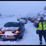 El temporal de nieve pone en valor la solidaridad: los pueblos cercanos acogen a los conductores atrapados