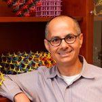 Omar Yaghi, Premio Fronteras de la Fundación BBVA, por crear materiales capaces de capturar CO2 o de obtener agua del aire