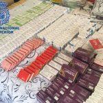 Golpe de la Policía a la mayor red de venta ilegal de medicamentos en España
