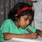 Más de 1.600 niñas han accedido a la secundaria gracias al programa Becas Ella de Educo