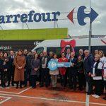 (Islas Baleares) – Fundación Solidaridad Carrefour dona un minibús a ASNIMO a favor de los menores con síndrome de Down