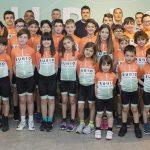 (Valencia) – Niños y niñas valencianos nos enseñan el 'Decálogo del Buen Ciclista'