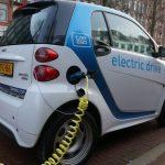 Más coches eléctricos y menos carne roja y calefacción frenan el cambio climático