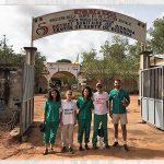 Empleados de Cofares ofrecen ayuda humanitaria a la población senegalesa de Bignona