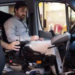 La Feria de la Movilidad Sostenible de Palencia muestra la furgoneta adaptada de Fundación ONCE
