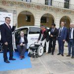 El Tour Ford Adapta llega por primera vez a Alicante para facilitar la prueba de coches adaptados a personas con discapacidad