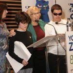 """El cuento """"Yo soy Zeta"""", editado por el Ayuntamiento de Madrid, ahora en versión braille para niños ciegos"""