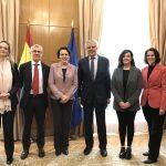 La AECC presenta al Ministerio de Trabajo una serie de medidas para proteger a la familia con cáncer