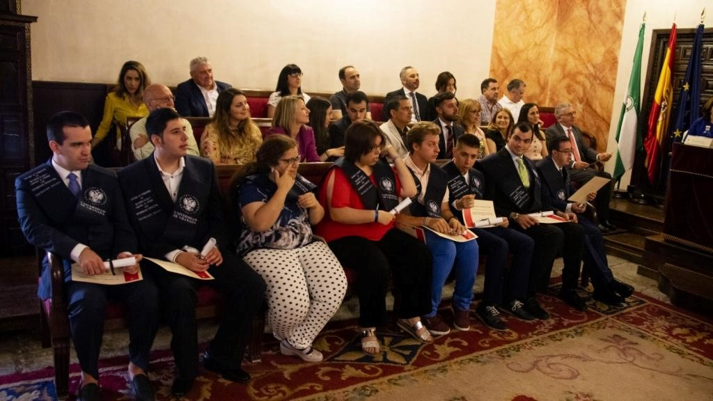 Jóvenes con discapacidad intelectual se gradúan por la Universidad de Granada en un curso de formación para el empleo