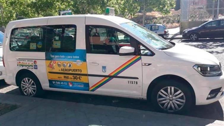 El taxi de Madrid se viste con la bandera LGTBI para las fiestas del Orgullo 2019