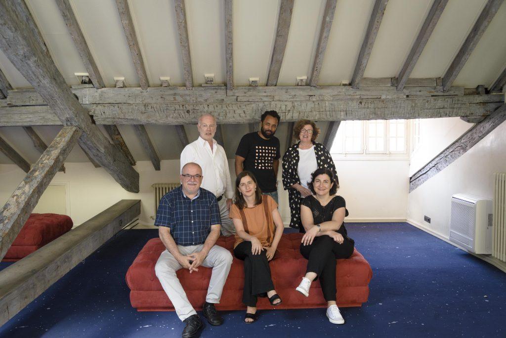 Ocho artistas de cuatro nacionalidades diferentes, seleccionados para disfrutar de una de las Becas de Artes Plásticas de la Fundación Botín