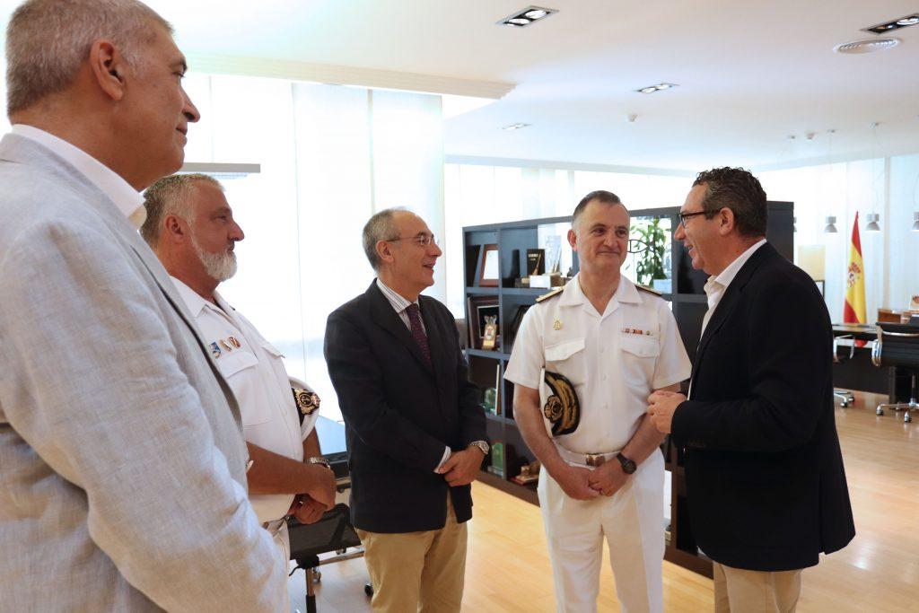La Armada Española y el Ayuntamiento de Benidorm se implican en la organización de la II edición del premio de investigación naval de la Fundación Frax