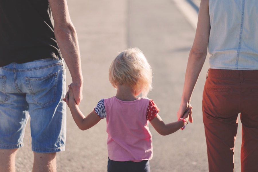 Entra en vigor un nuevo Reglamento que agilizará las adopciones internacionales para las familias españolas