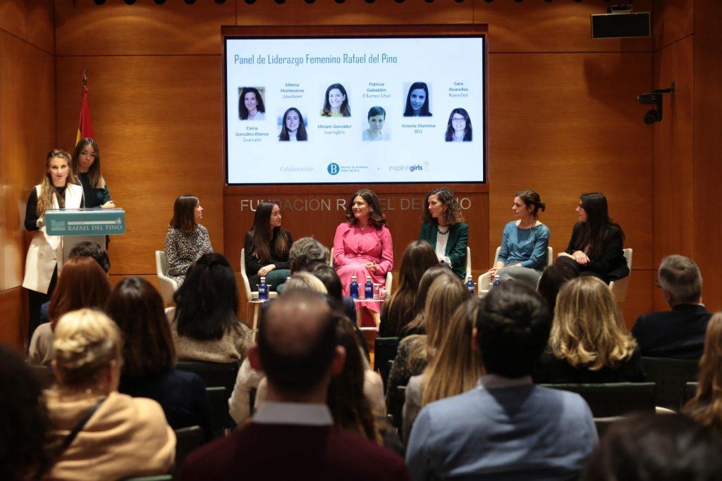 """Inspiring Girls y la Asociación de Becarios de Excelencia Rafael del Pino se unen para """"ayudar a las niñas a crecer sin límites"""""""
