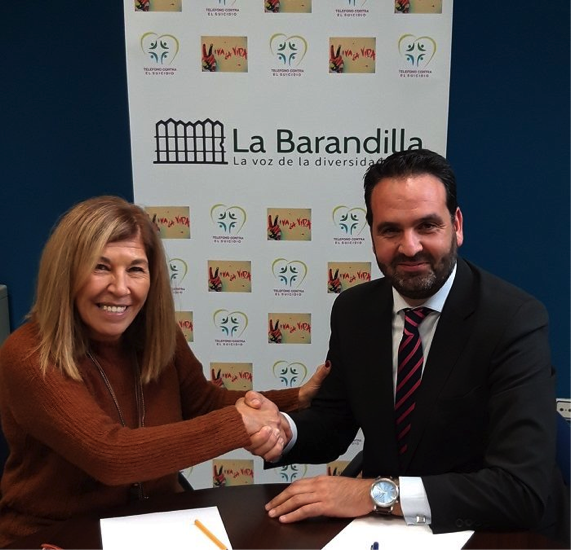 La visión de la salud mental se une al CEDDD con la Asociación La Barandilla.