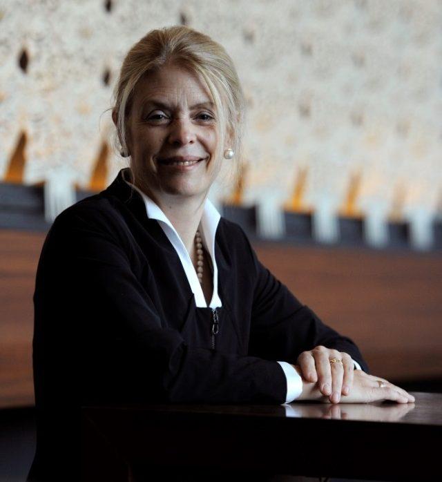 La investigadora Londa Schiebinger exhorta a usar el análisis de género para impulsar la ciencia de excelencia