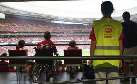 Fundación ONCE colabora con Centre for Access to Football in Europe para hacer accesibles los estadios en España