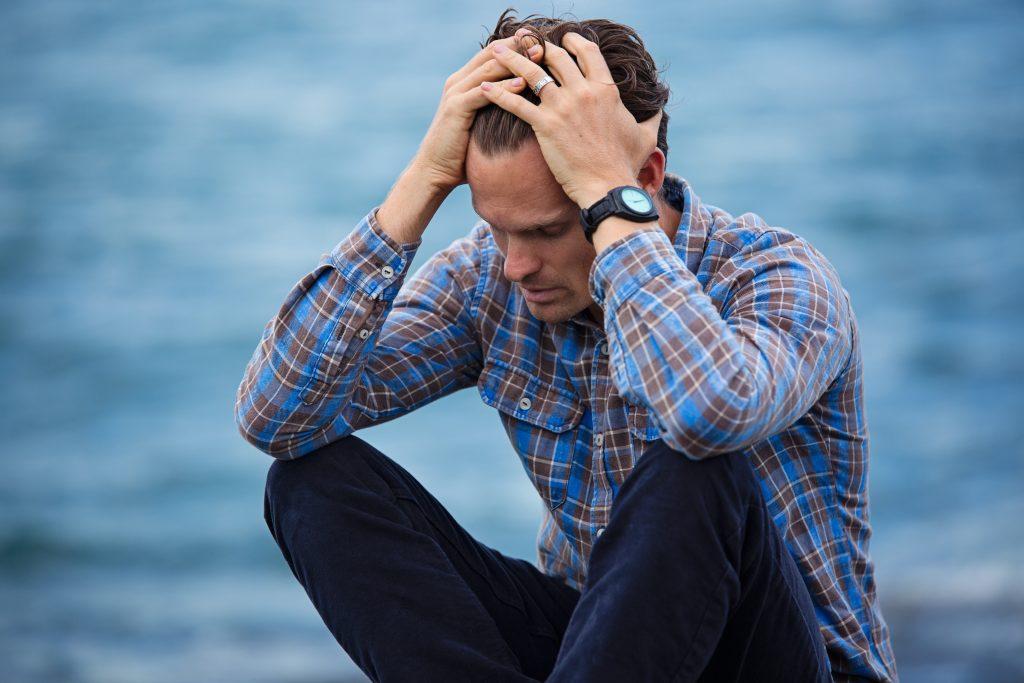Somnolencia, irritabilidad, cefalea e incluso depresión son los síntomas más frecuentes de la apnea del sueño
