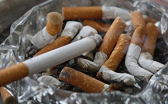 Un 6,73% de los fumadores ha dejado el hábito tabáquico y un 5,98% ha reducido su consumo durante el confinamiento