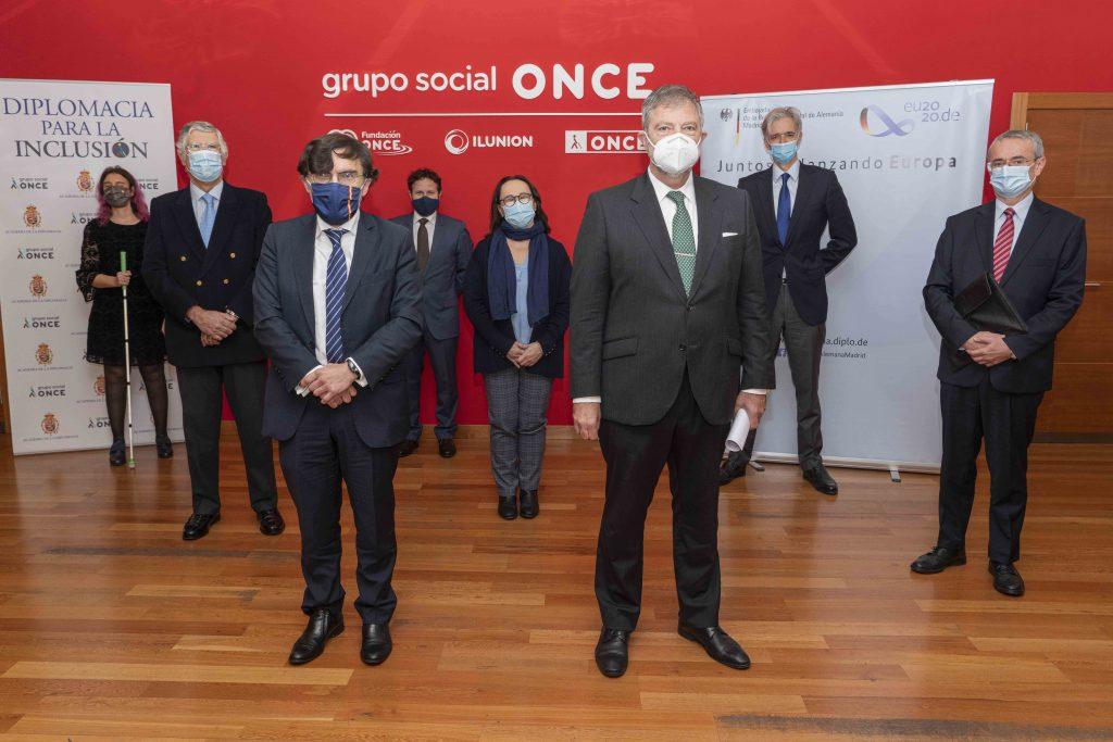 El cuerpo diplomático acreditado en España pide que la recuperación económica impulse el empleo de las personas con discapacidad