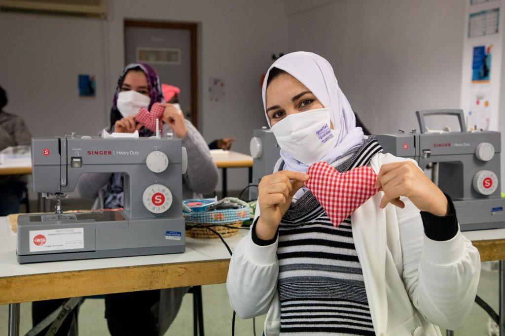 Ayuda en Acción apuesta por el empoderamiento de mujeres en riesgo de exclusión social de la zona norte de Alicante