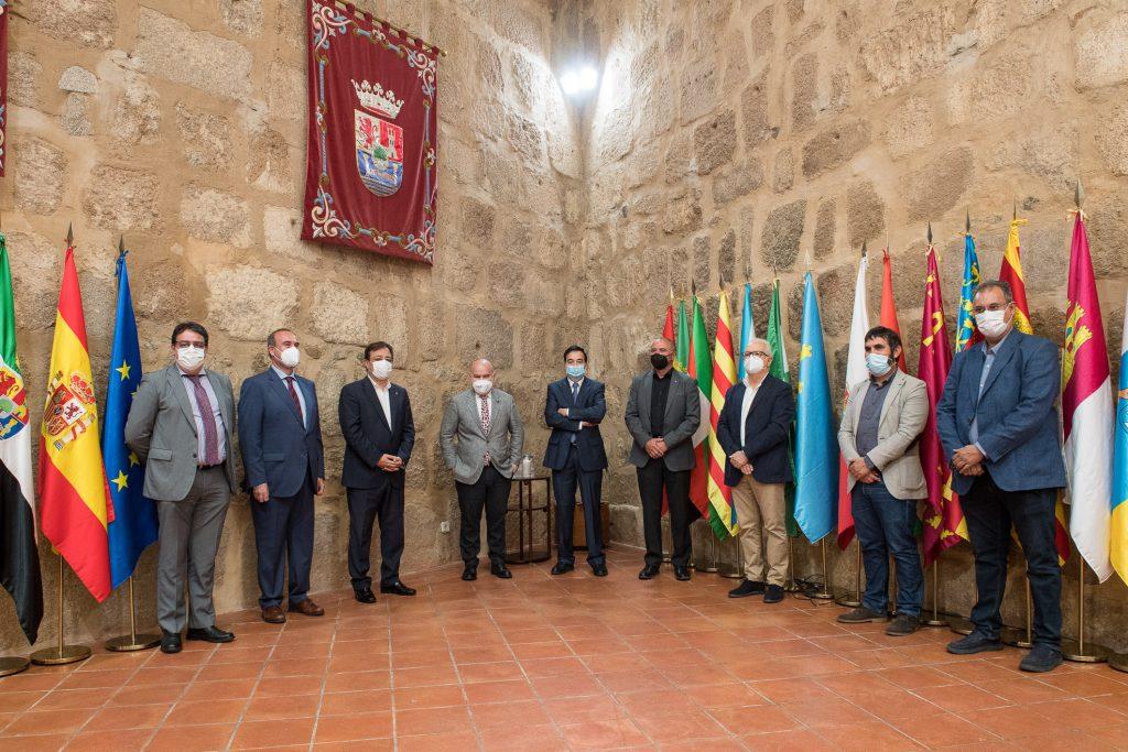 """El CERMI premia a la Junta de Extremadura por su """"rápida decisión política"""" de preservar la sostenibilidad económica del tercer sector de la discapacidad en la región"""