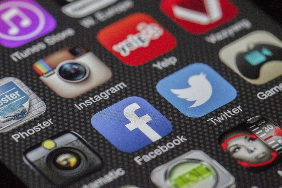Down Madrid forma a personas con discapacidad intelectual en el ámbito de las redes sociales para garantizar su seguridad y sus derechos digitales