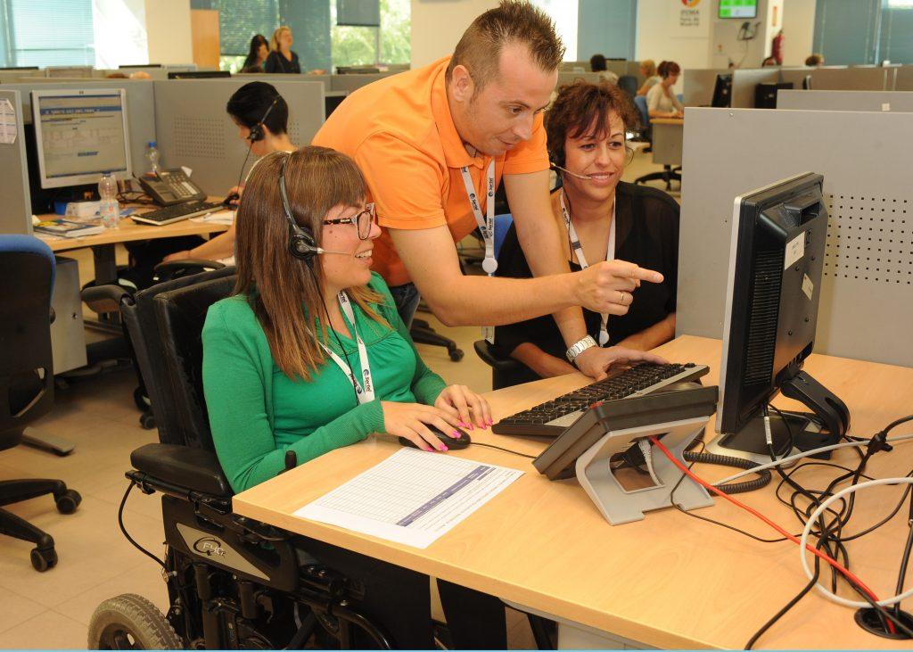 Fundación ONCE y Fundación Vodafone mantienen su acuerdo de formación a personas con discapacidad en contenidos digitales y tecnológicos