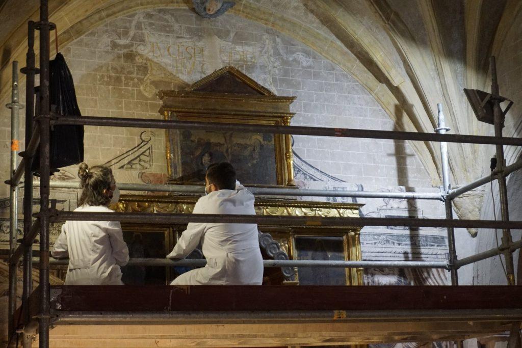 Se restaura el retablo mayor de la Parroquieta de la Catedral de Albarracín